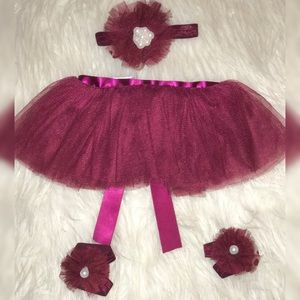 Baby girl tutu, with head band and feet bands.